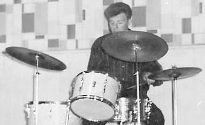 rolling stones tony chapman drummer